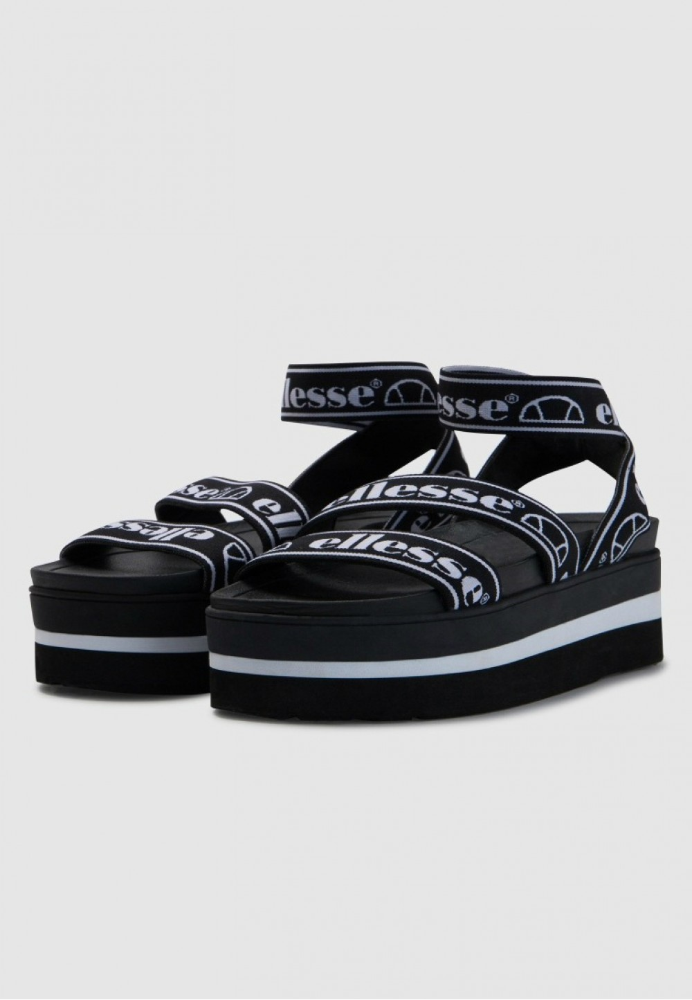Черно-белые сандали