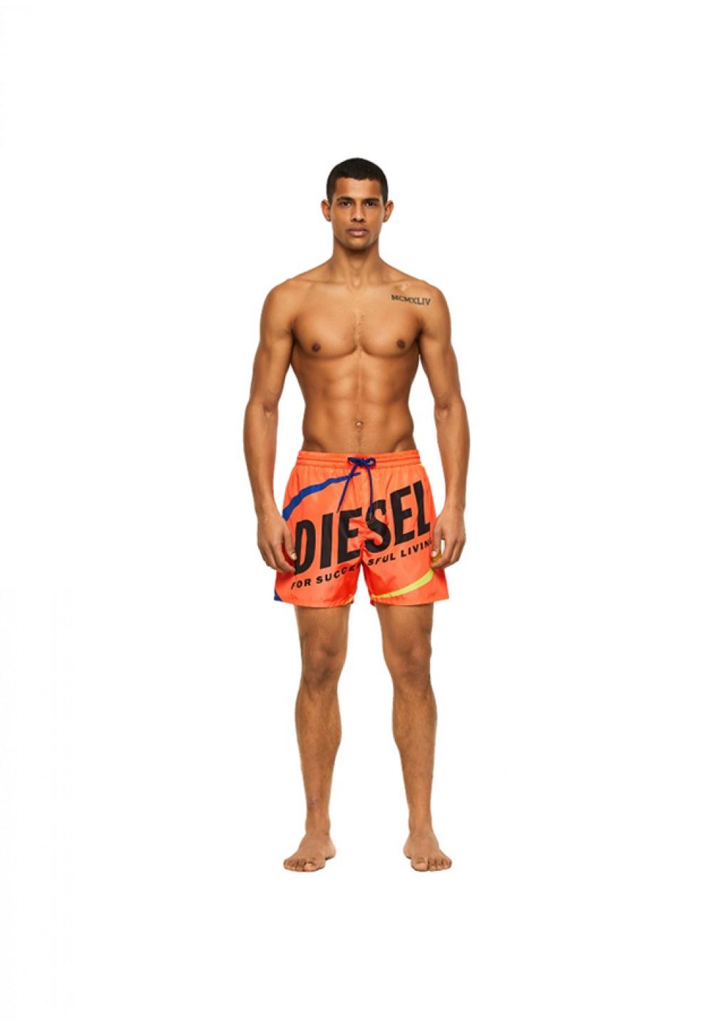 Яркие пляжные шорты с логотипом
