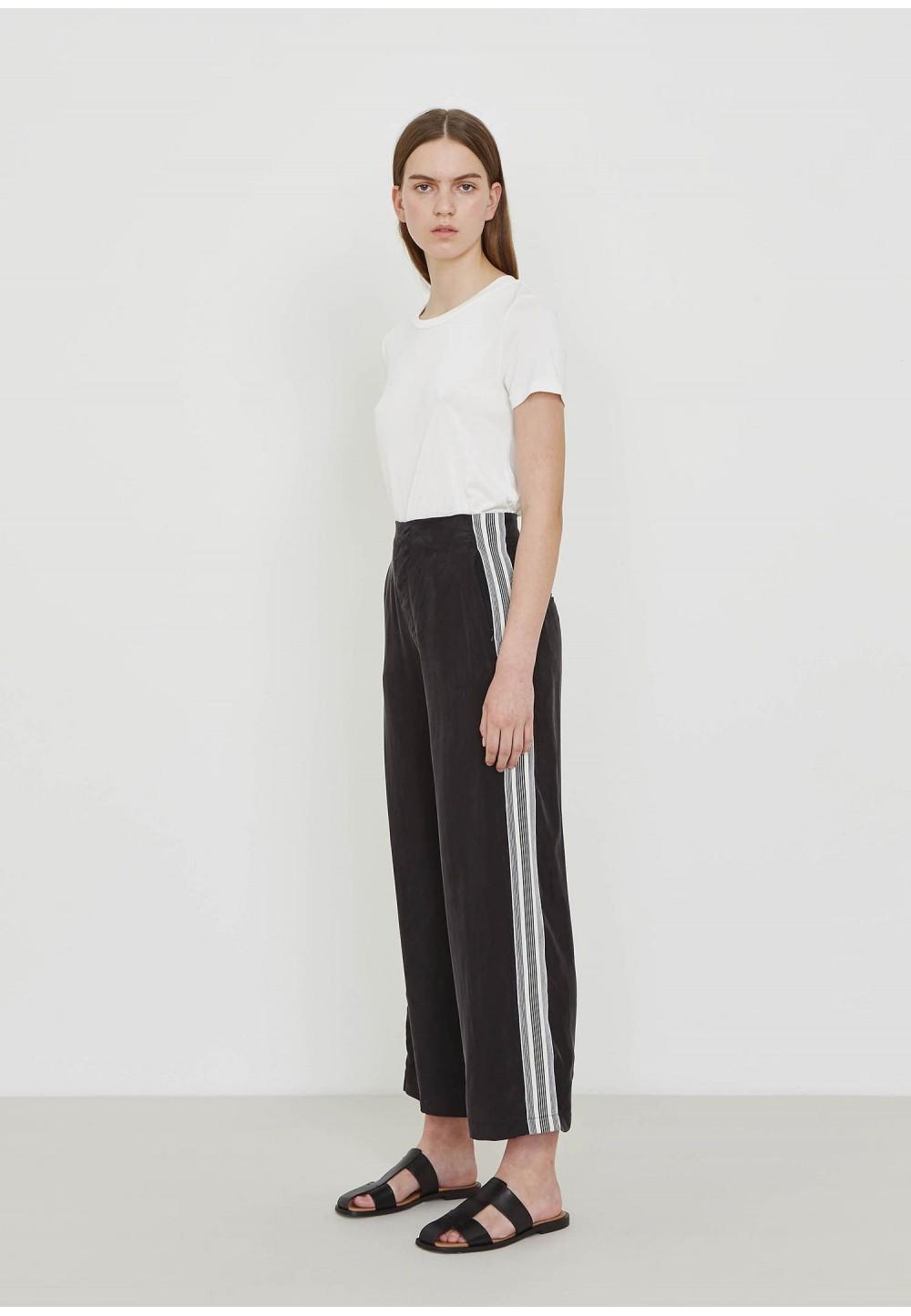 Легкие брюки с высокой талией
