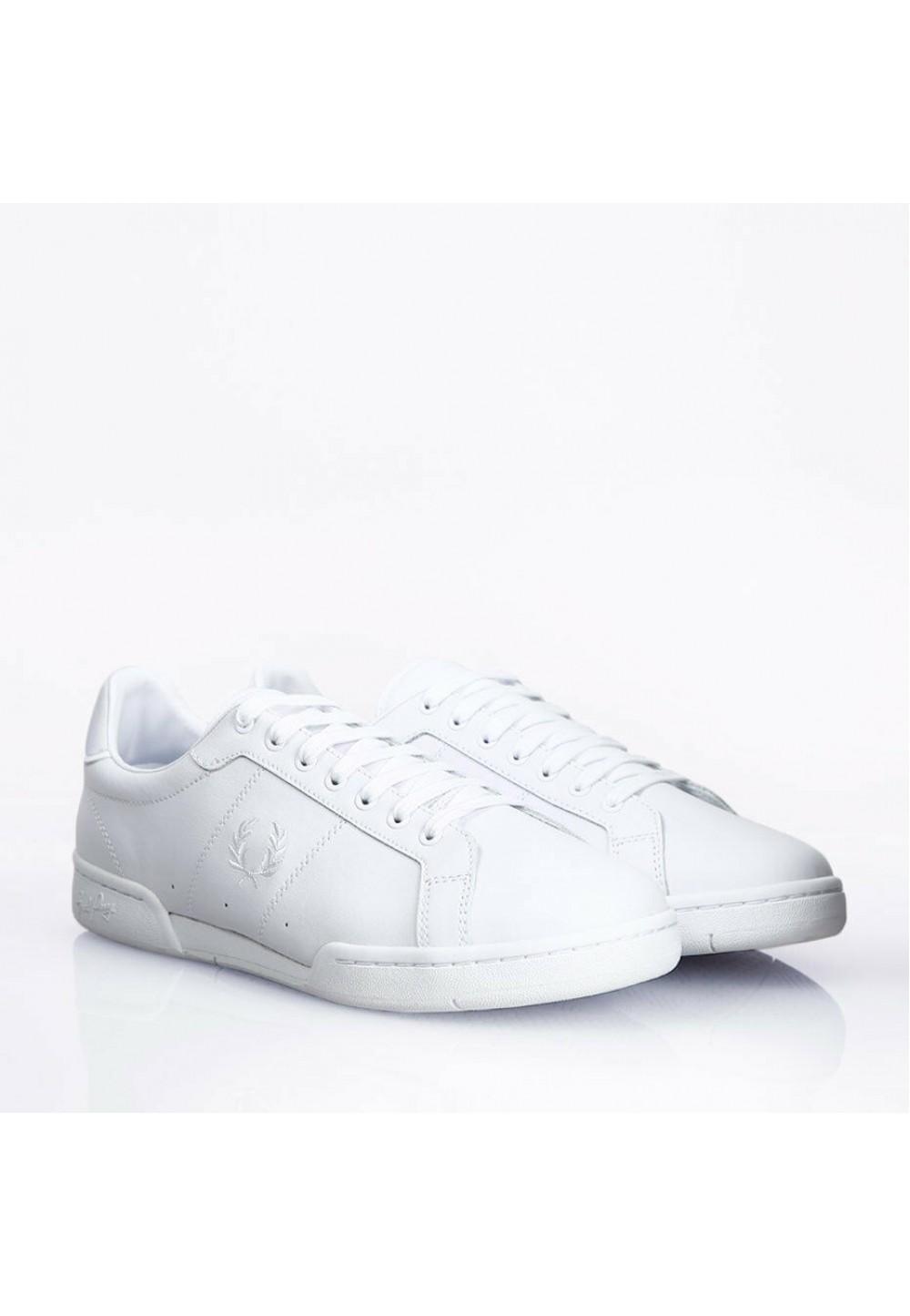 Белые кеды с вышивкой