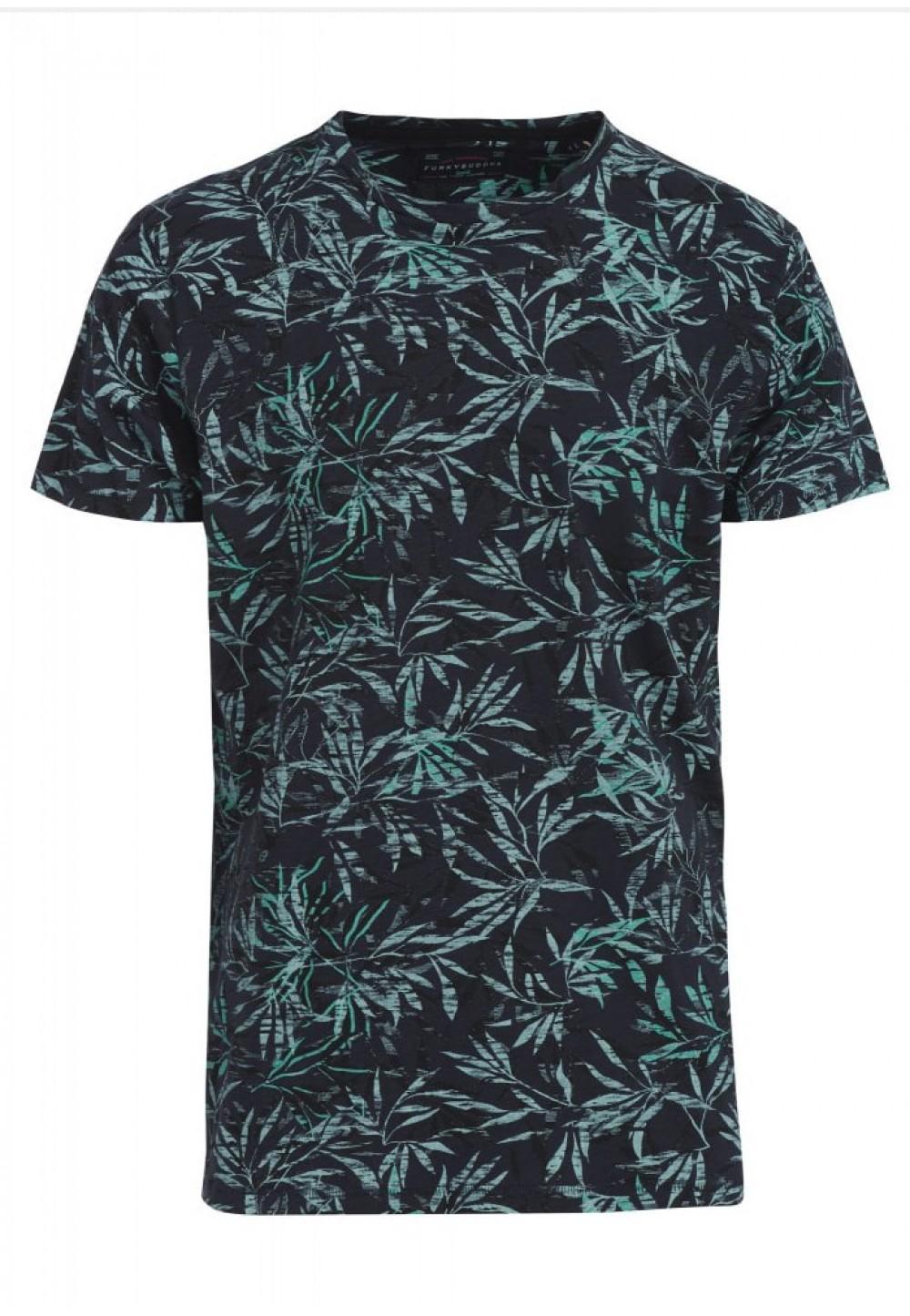 Темная футболка с тропическим принтом