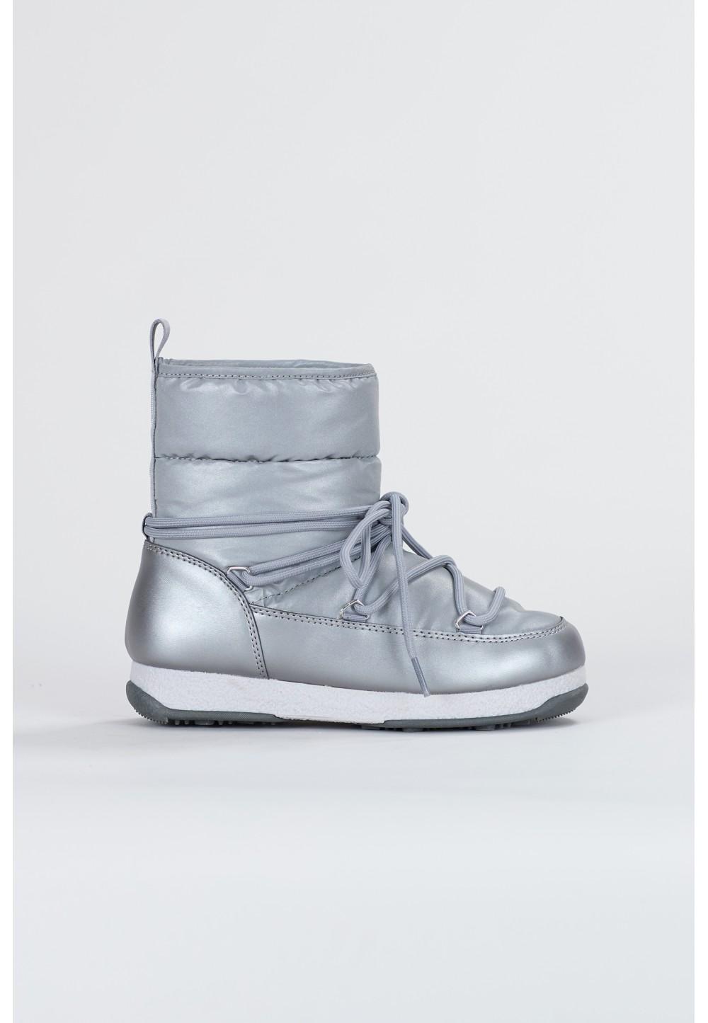 Серебряные сапоги на шнуровке