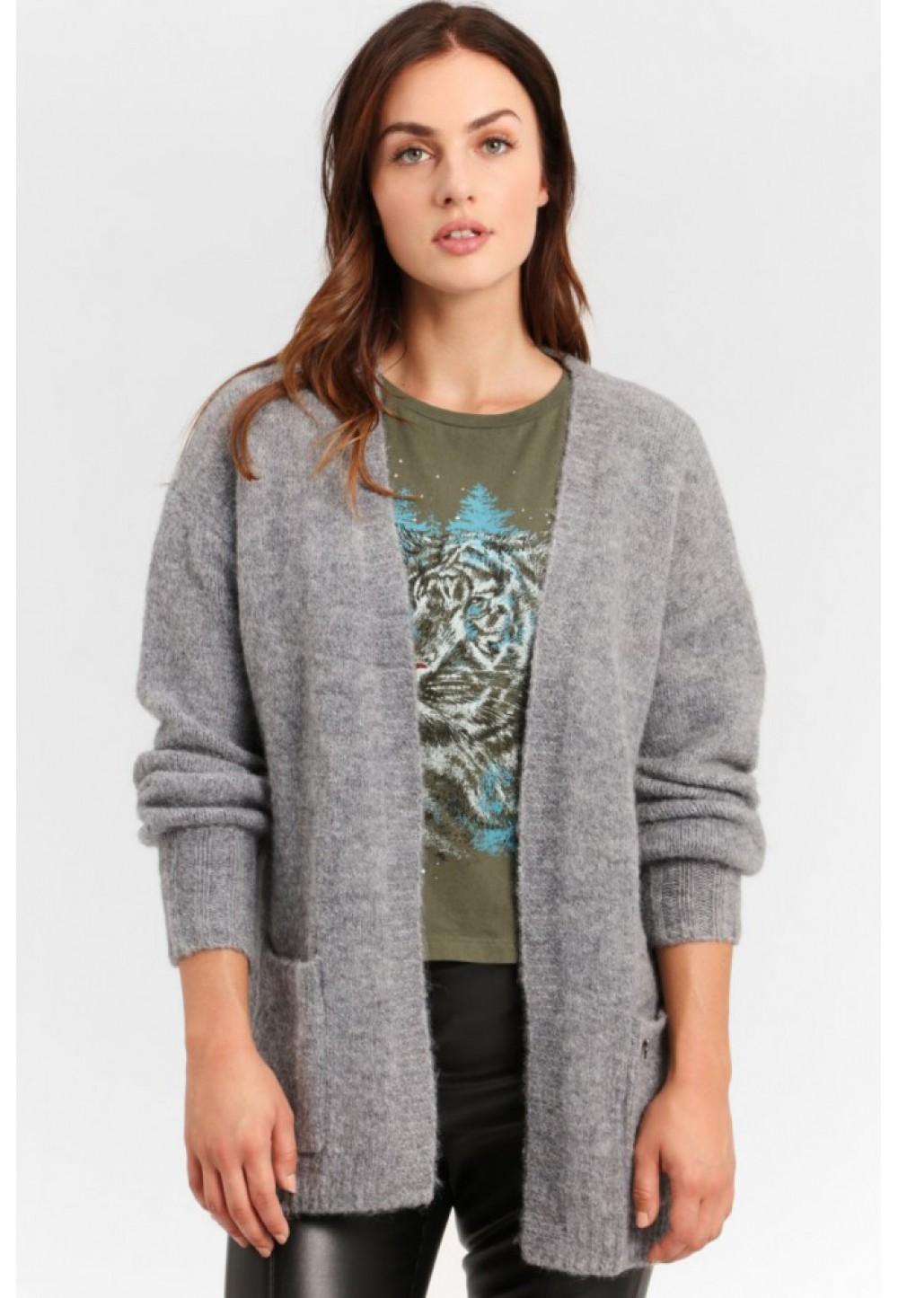 Серый пуловер с карманами