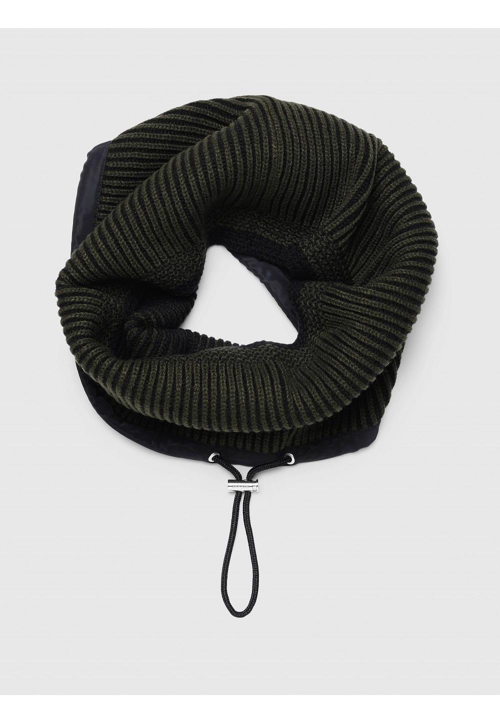 Вязаный снуд с завязкой