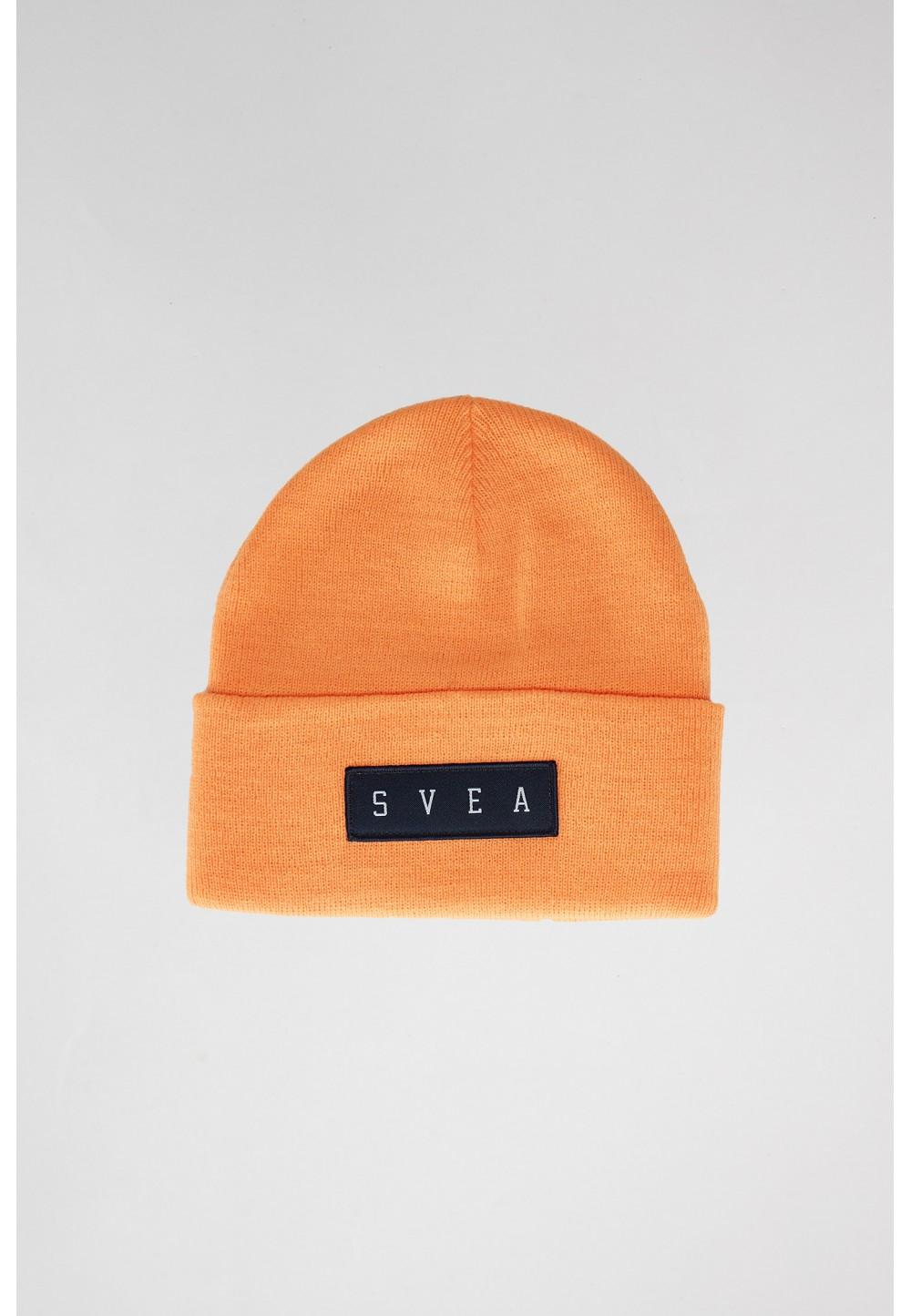 Яркая оранжевая шапка- бини