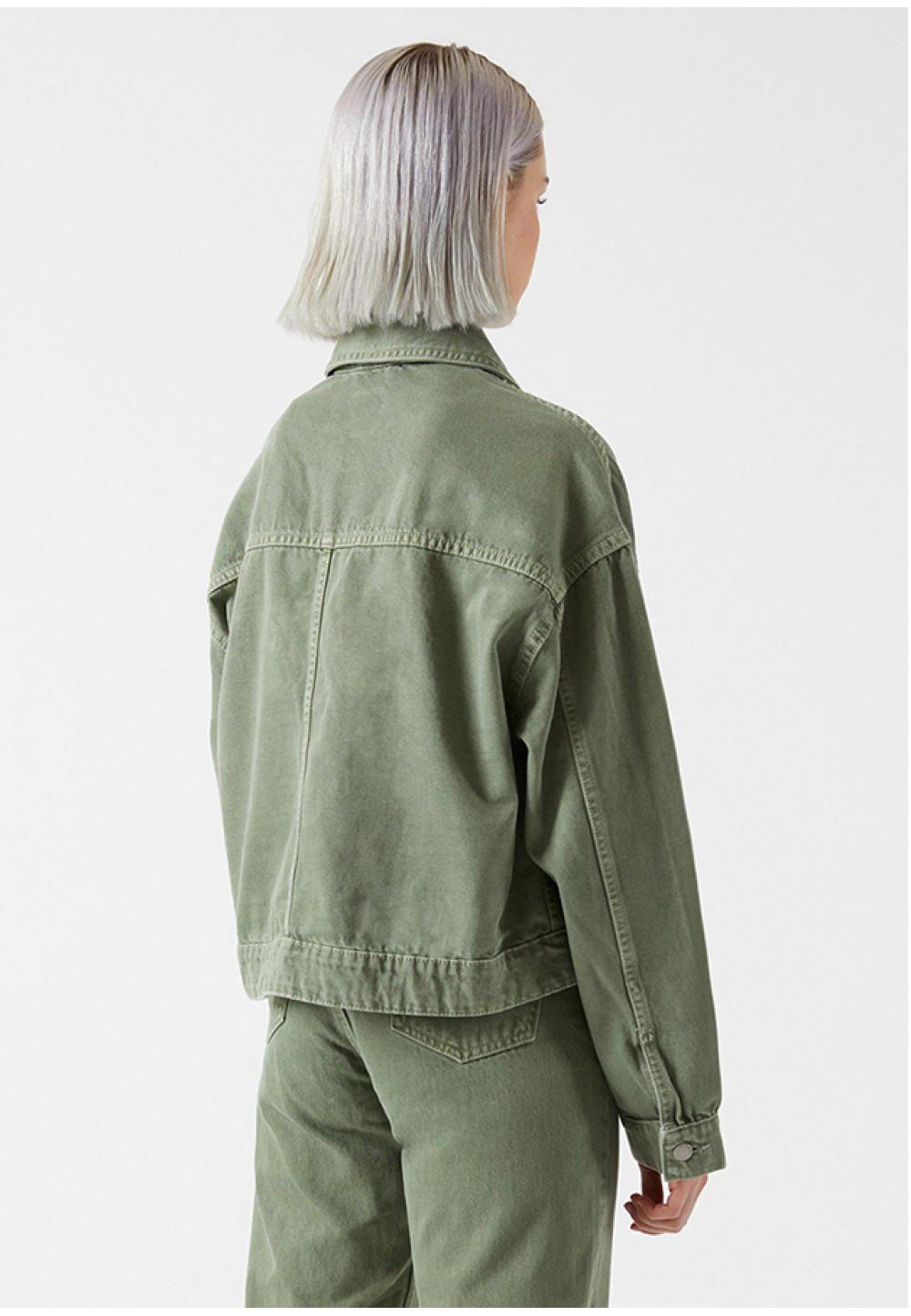 Стильный пиджак оливкового цвета