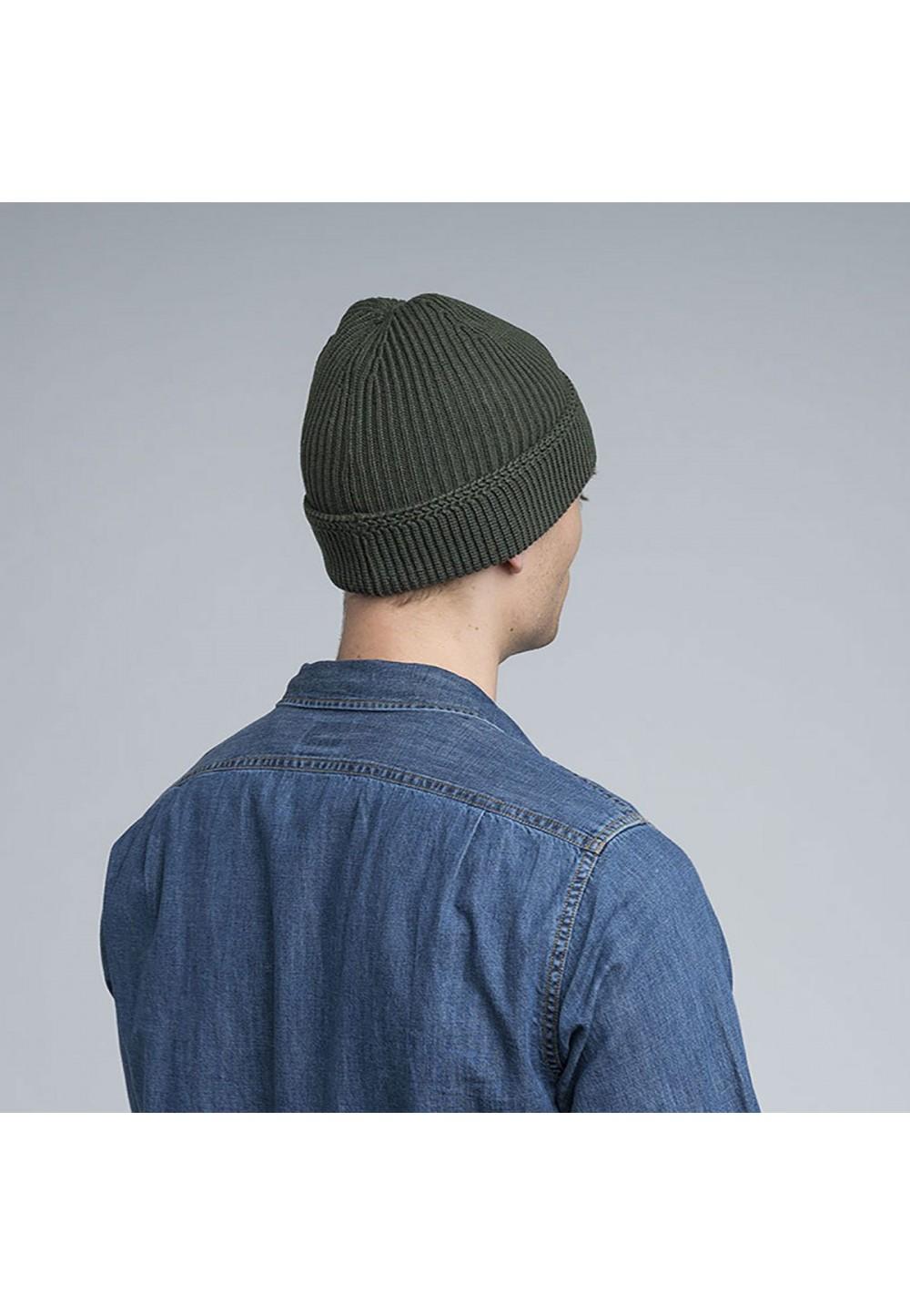 Акуратна стильна шапка з манжетом