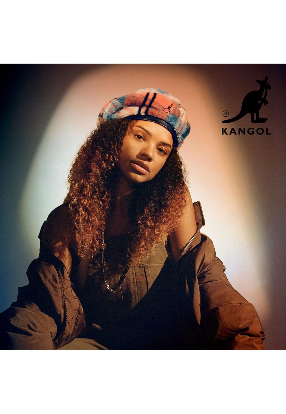 Стильний плюшевий берет в клітку від бренду Kangol