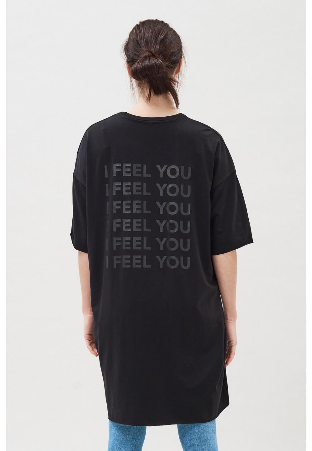 Черное платье-футболка
