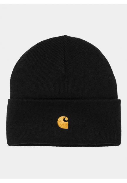 Черная шапка с вышивкой бренда