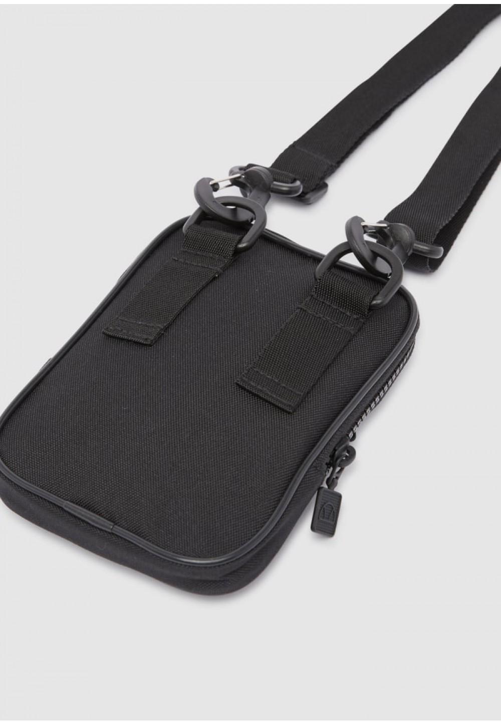 Черная мужская сумка с принтом
