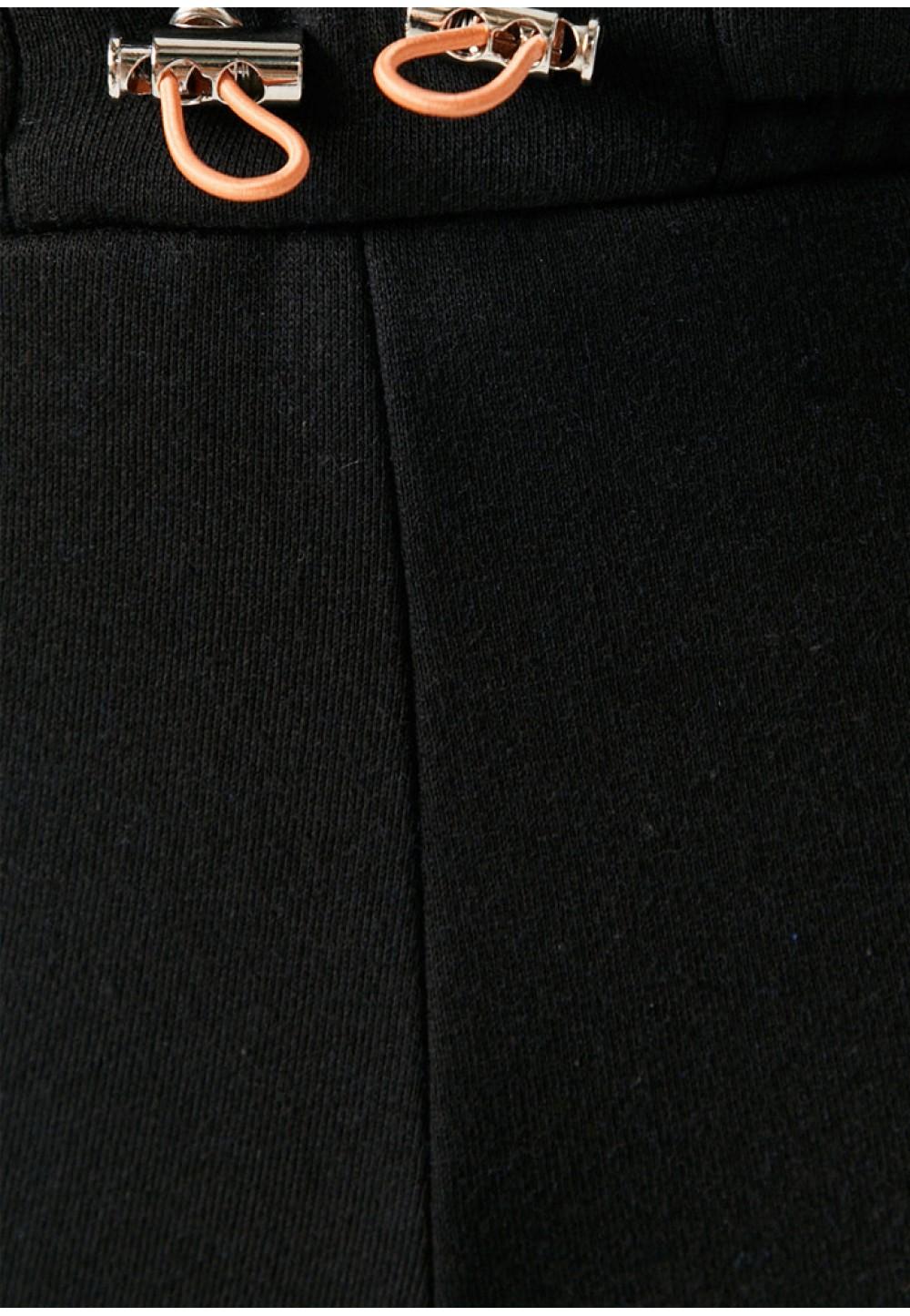 Черные спортивные брюки