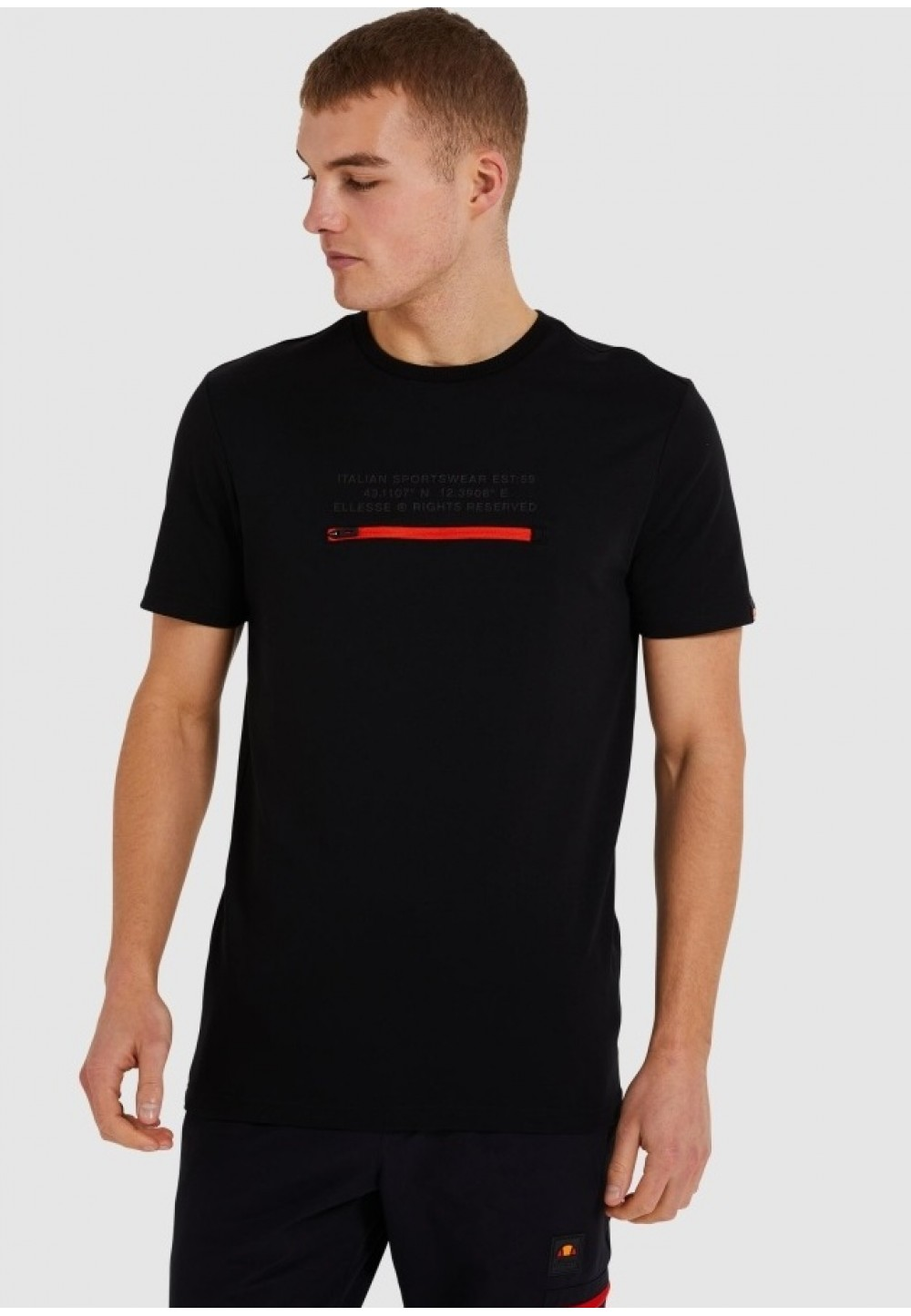 Черная мужская футболка  Piedmont