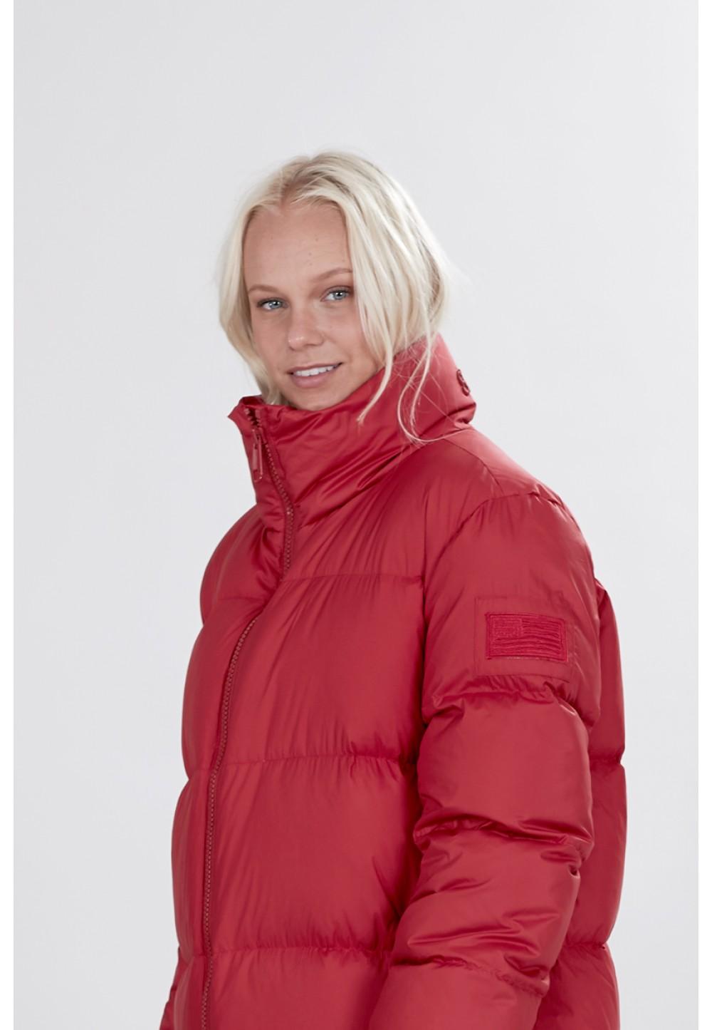 Широкая красная куртка-пальто