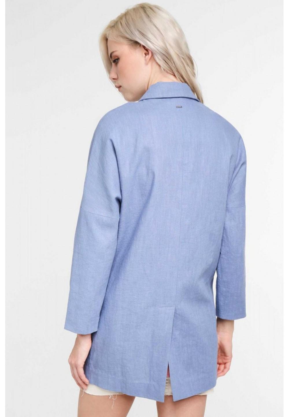 Пиджак с глубокими карманами