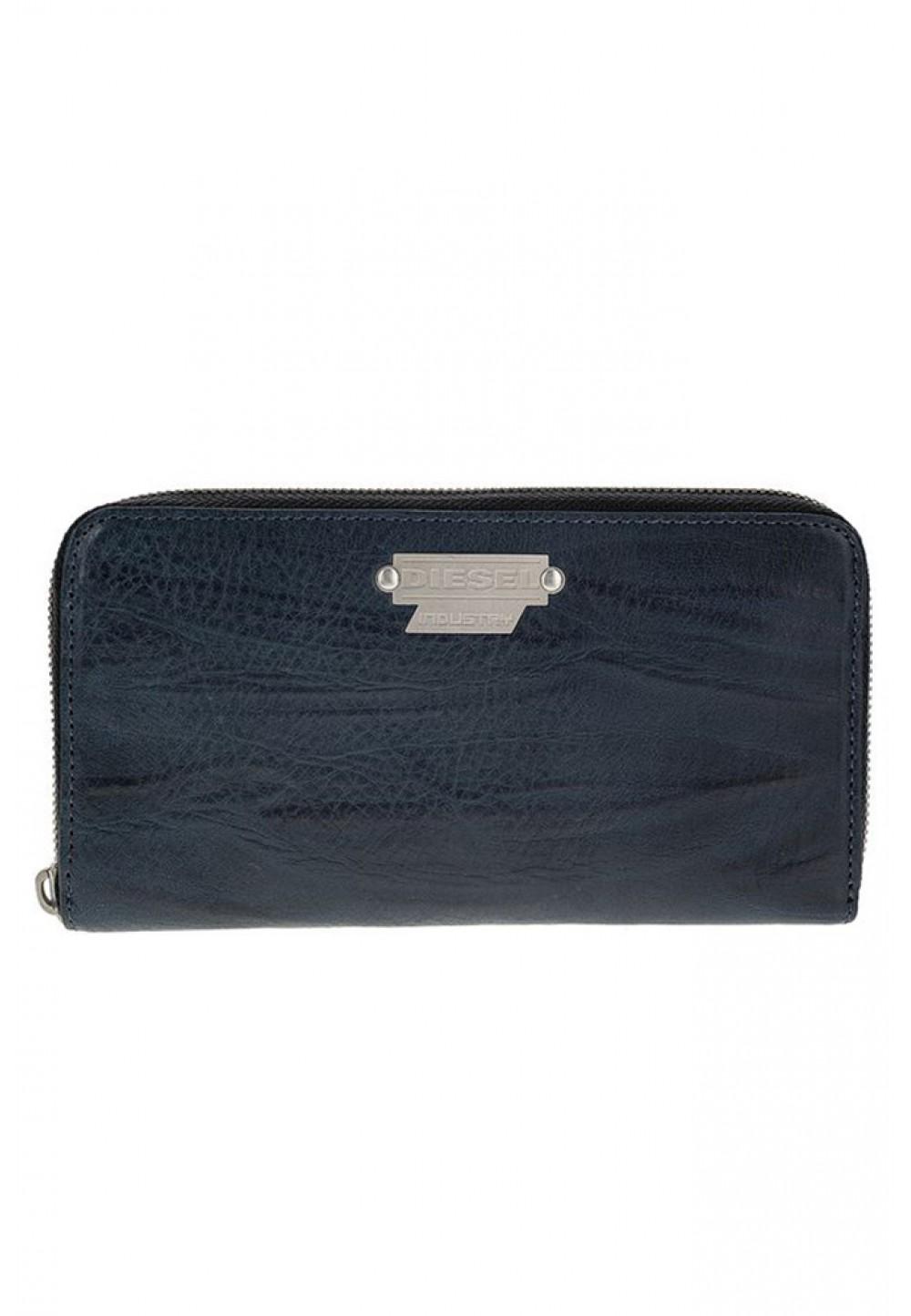 Синий кошелек из кожи