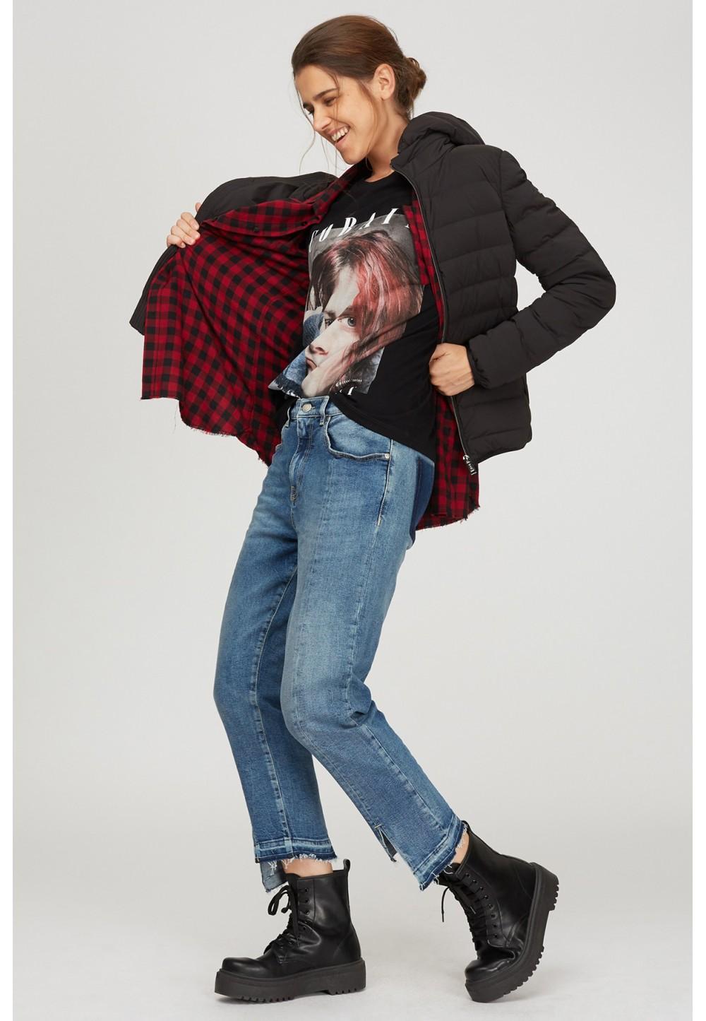 Укороченные асимметричные джинсы