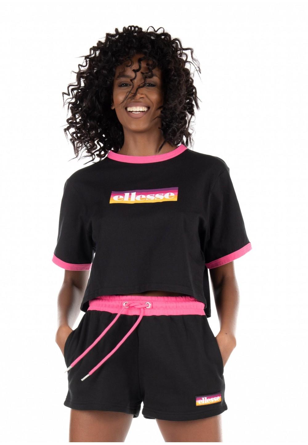 Укорочена футболка iз яскравим логотипом