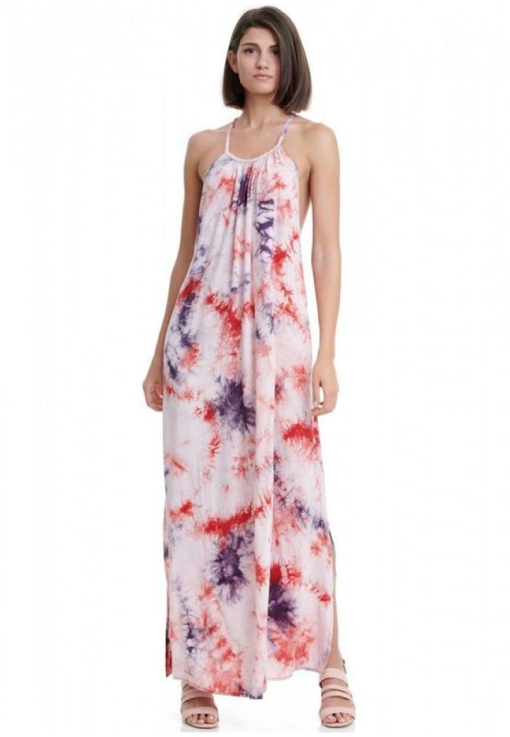Длинное платье с открытой спиной