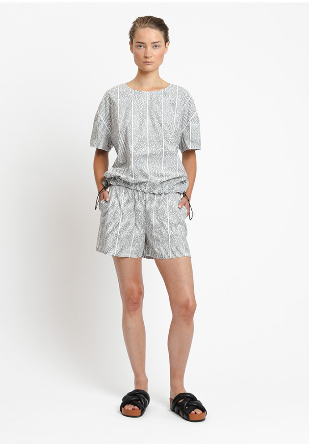 Хлопковая блуза с коротким рукавом