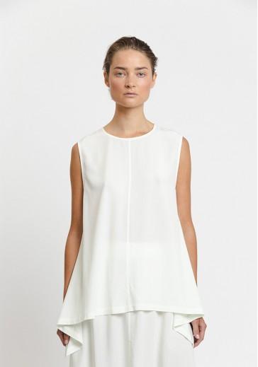 Свободная белая блуза