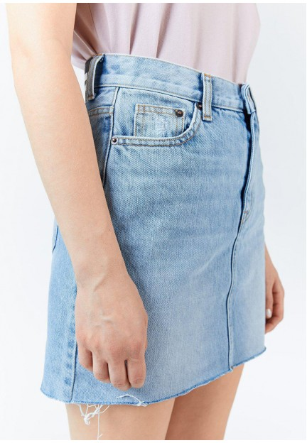 Голубая короткая юбка