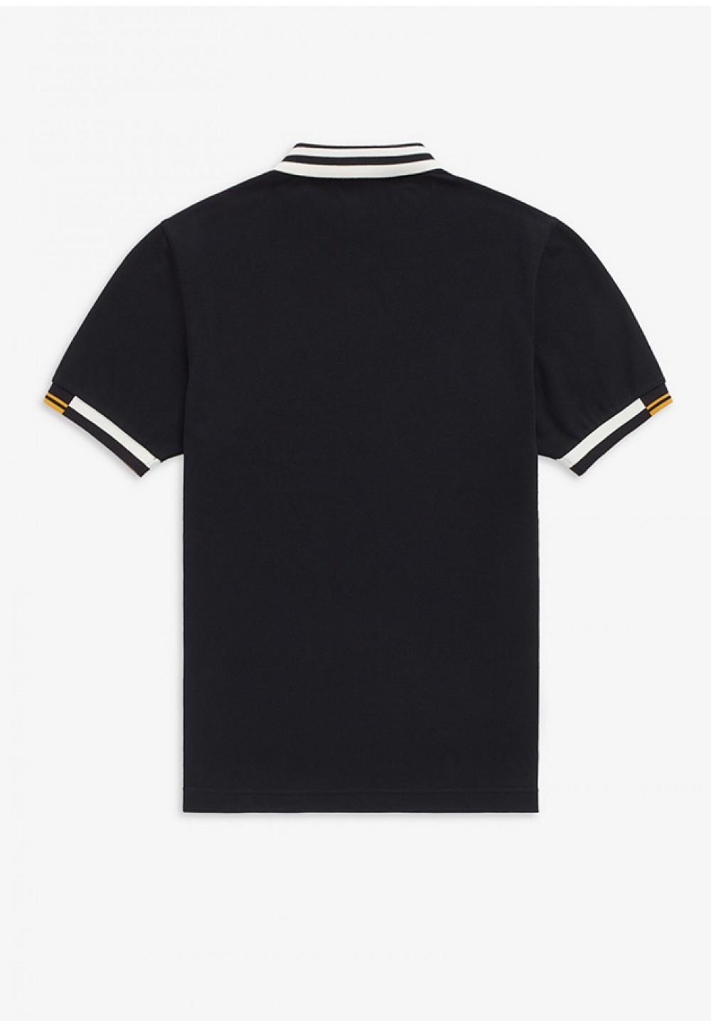 Черная футболка поло с белым воротником