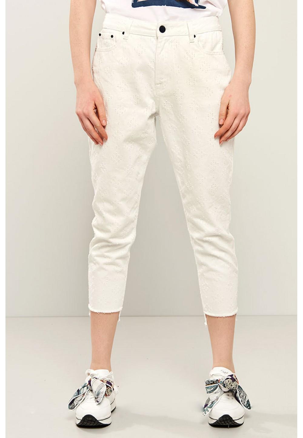 Укороченные белые брюки