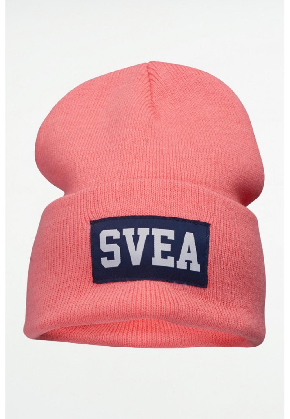Розовая шапка бини