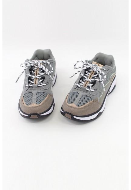 Спортивні кросівки