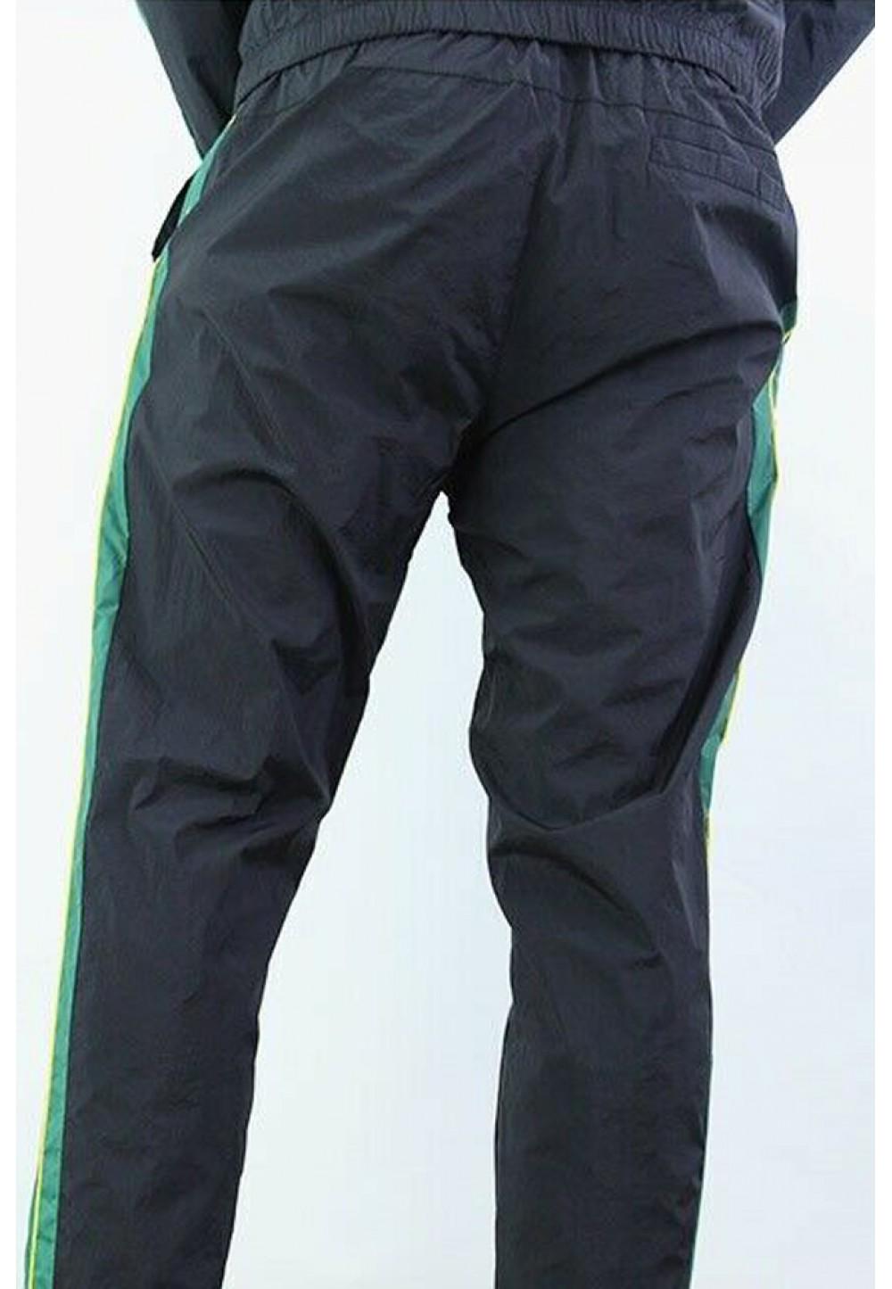 Спортивные брюки с полосками