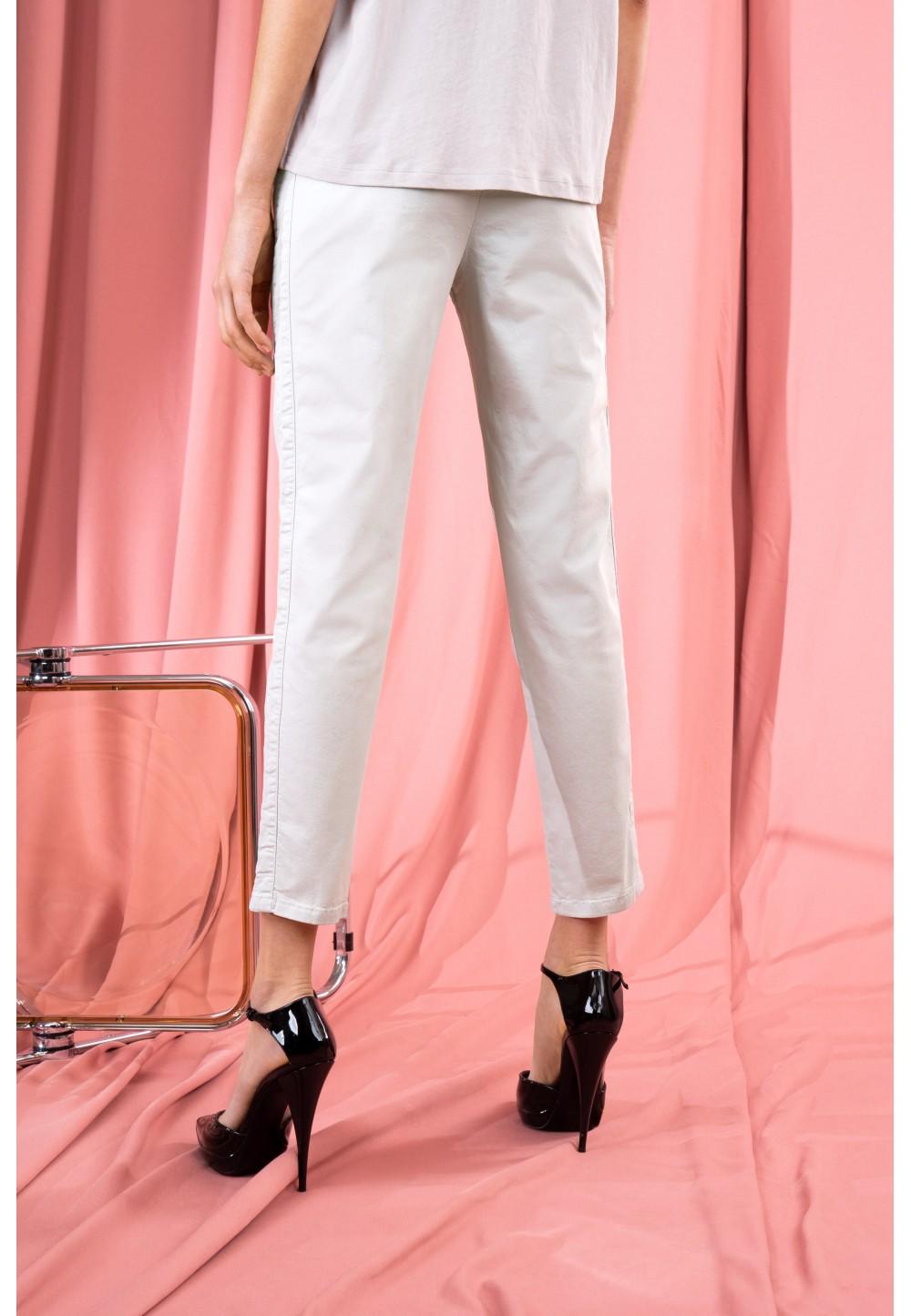 Жіночі брюки вільного крою LEVEL