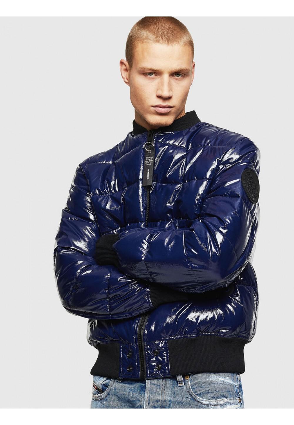 Куртка- бомбер из нейлона с покрытием