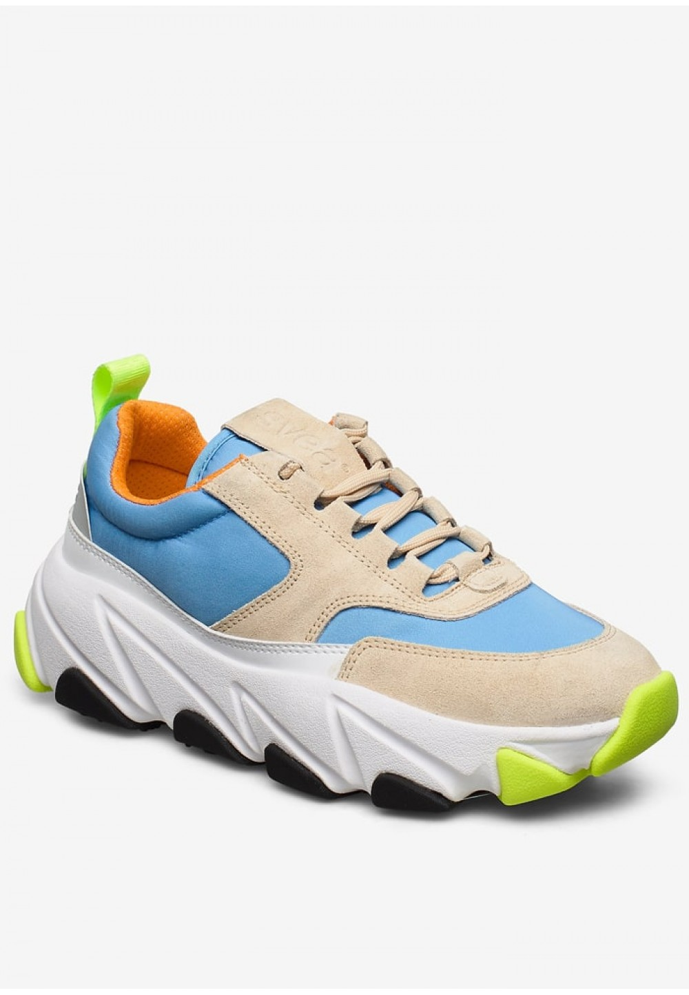 Стильні яскраві кросівки