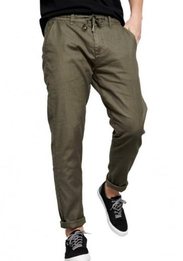 Стильные брюки цвета хаки