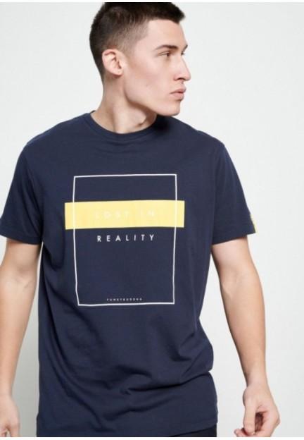 Стильная футболка с текстовым принтом