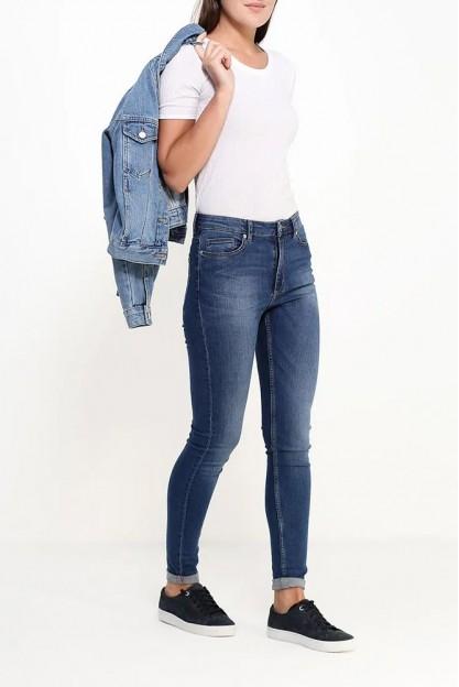 Стрейчевые джинсы