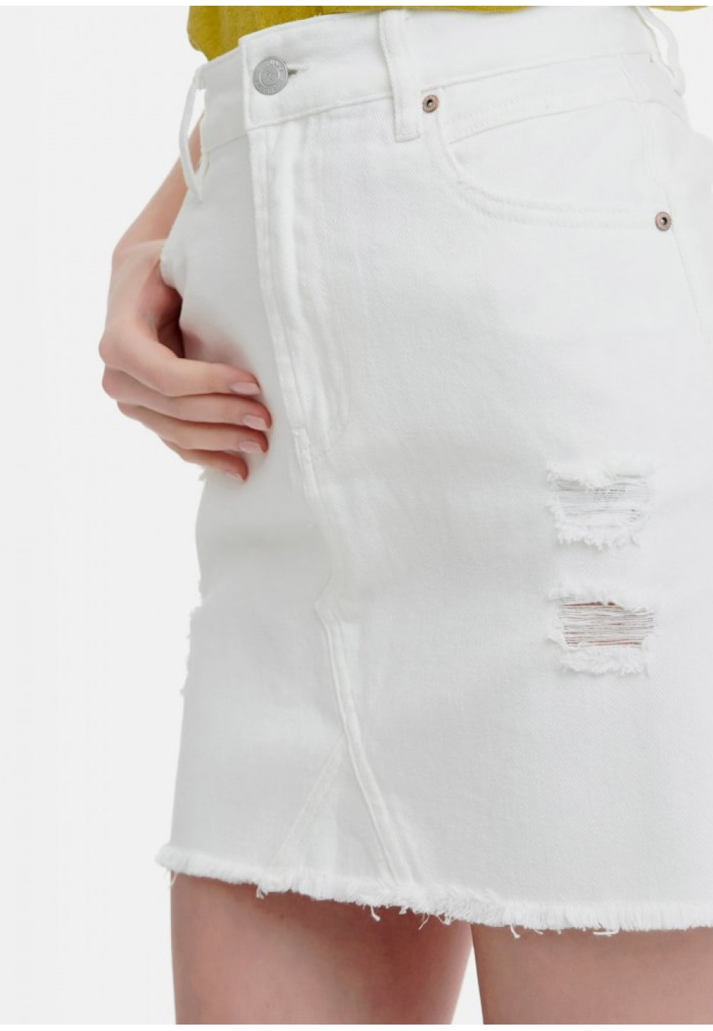 Юбка белая джинсовая с потертостями