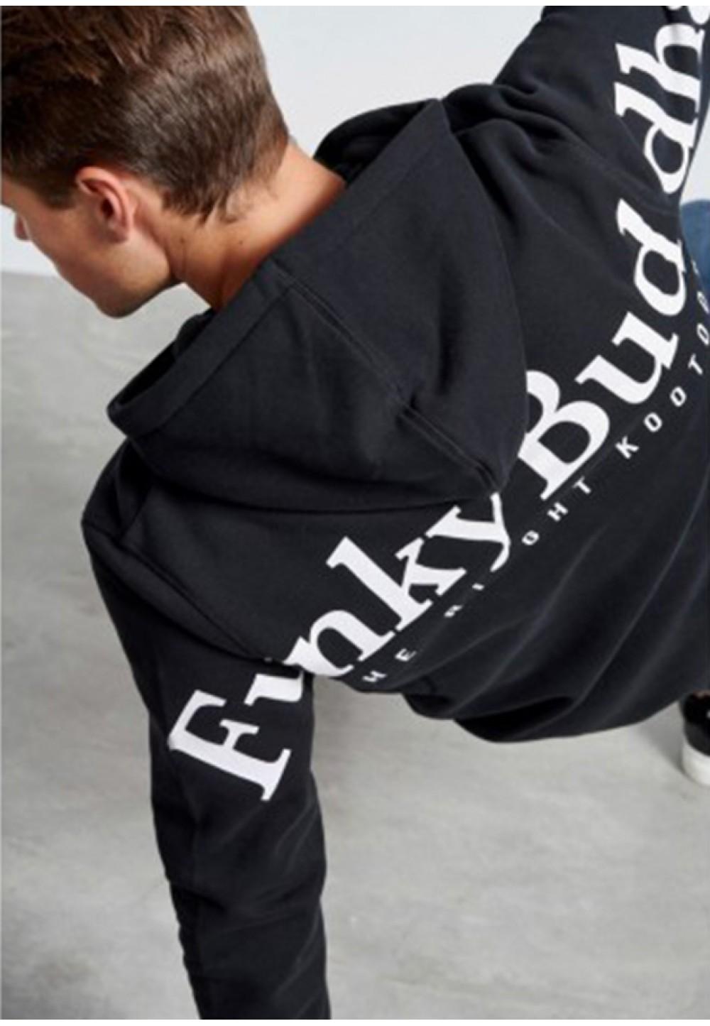 Черный худи с надписью на спине