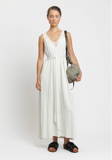 Легкое белое платье