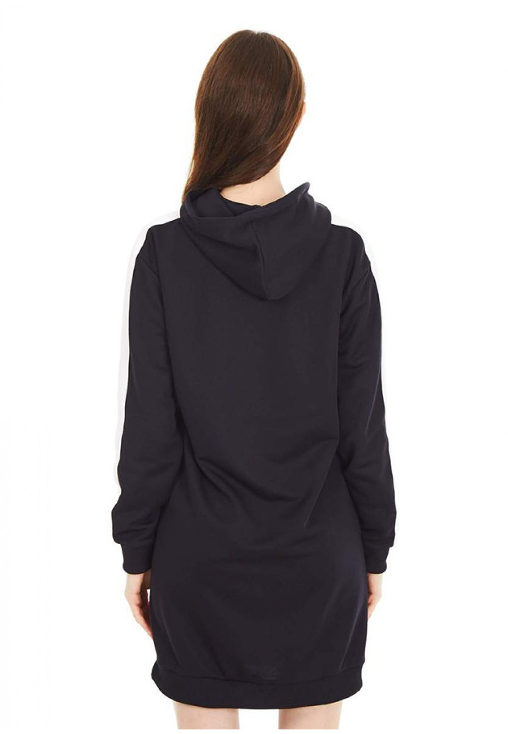 Черное спортивное платье с капюшоном
