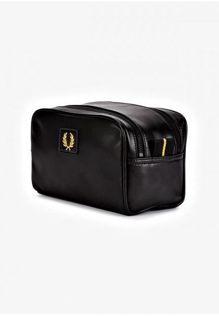 Маленькая черная сумочка с логотипом