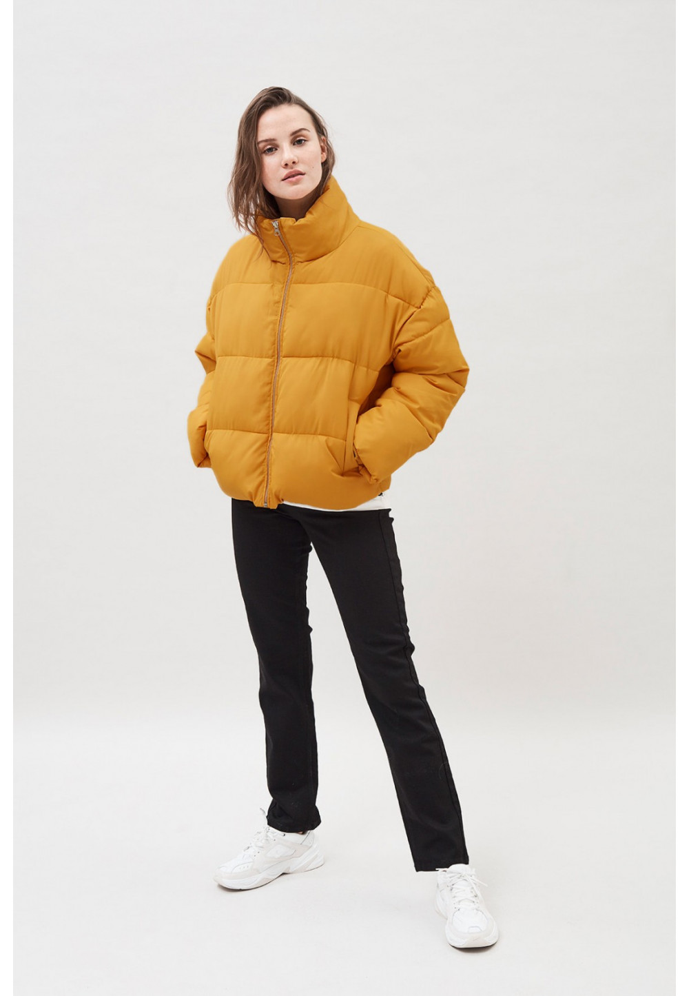 Короткая куртка пуховик
