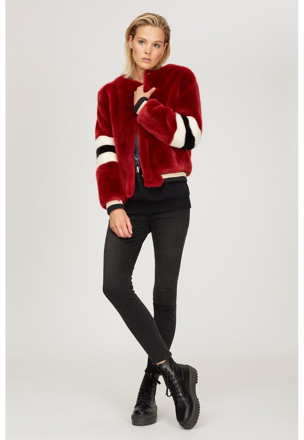 Куртка меховая с полосками