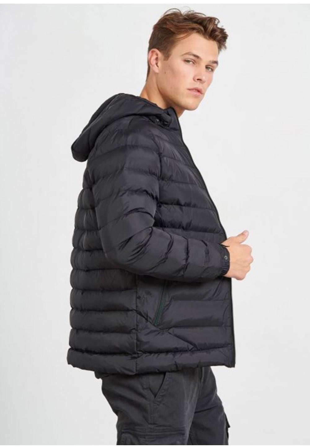 Стильная короткая куртка
