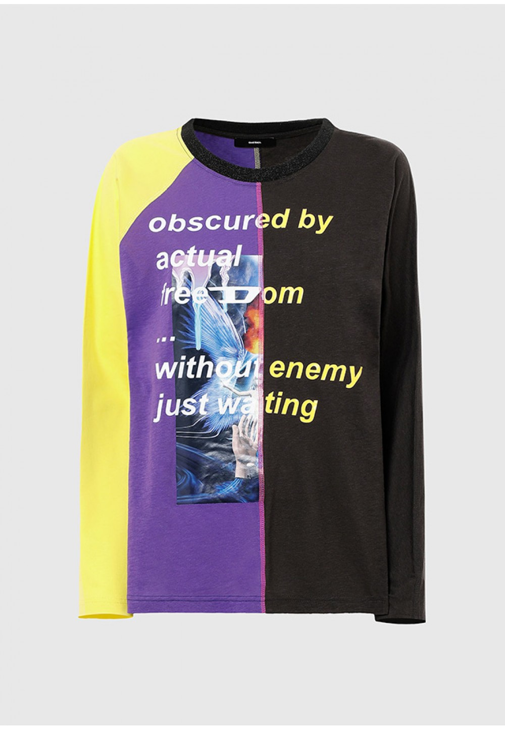 Яскрава футболка з довгим рукавом