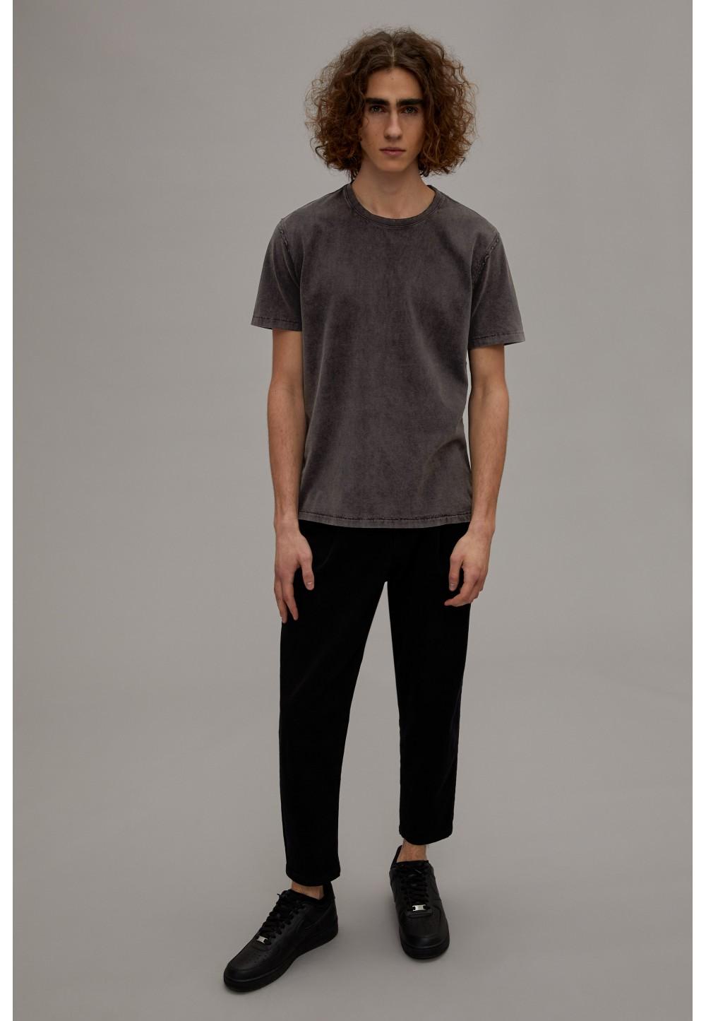Чоловіча вінтажна футболка LIAS