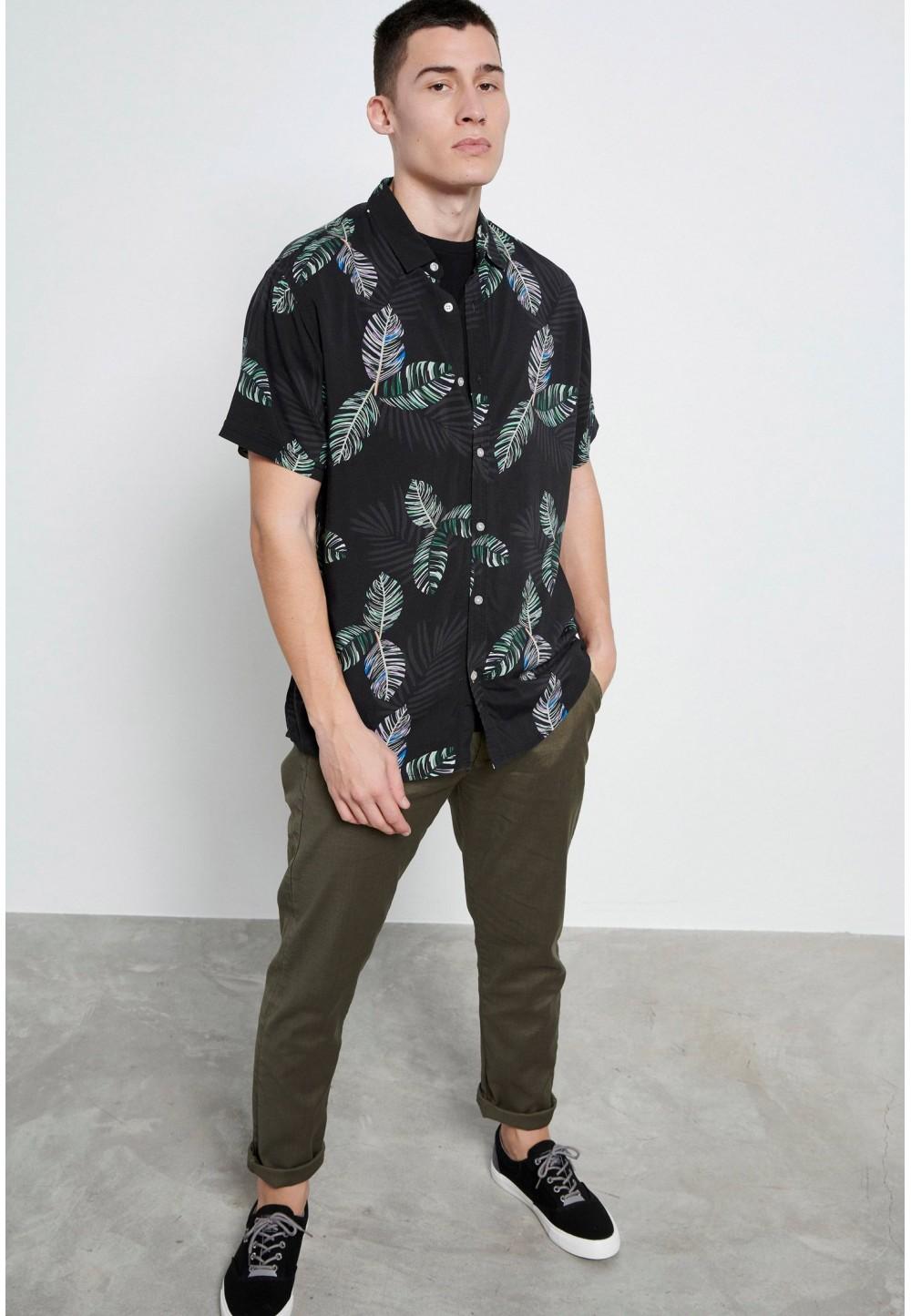 Сорочка з тропічним принтом