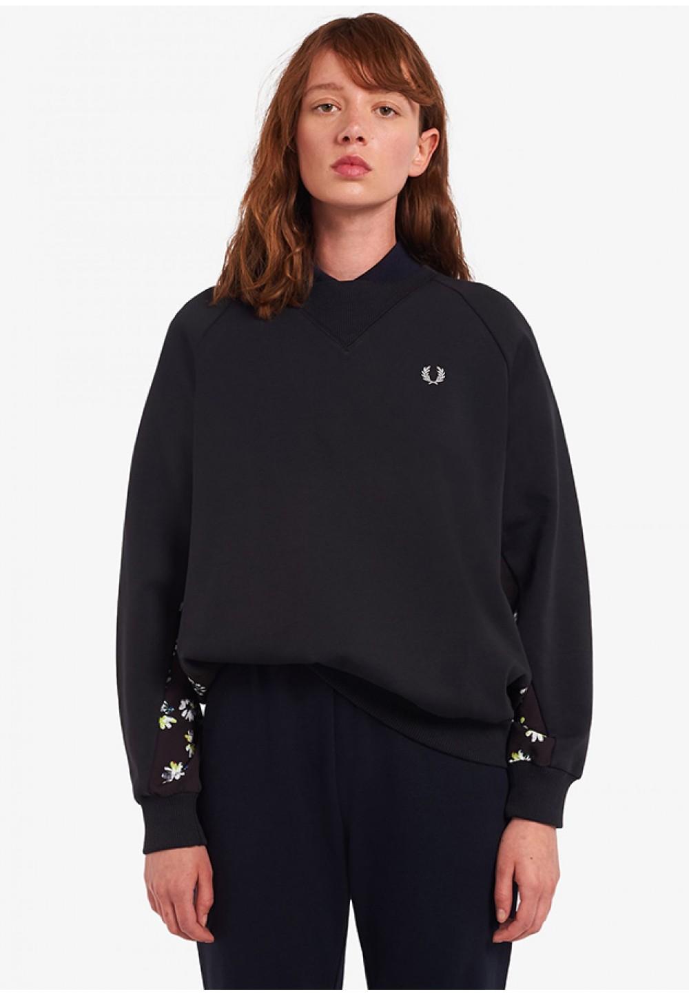 Черный свитшот с ромашками