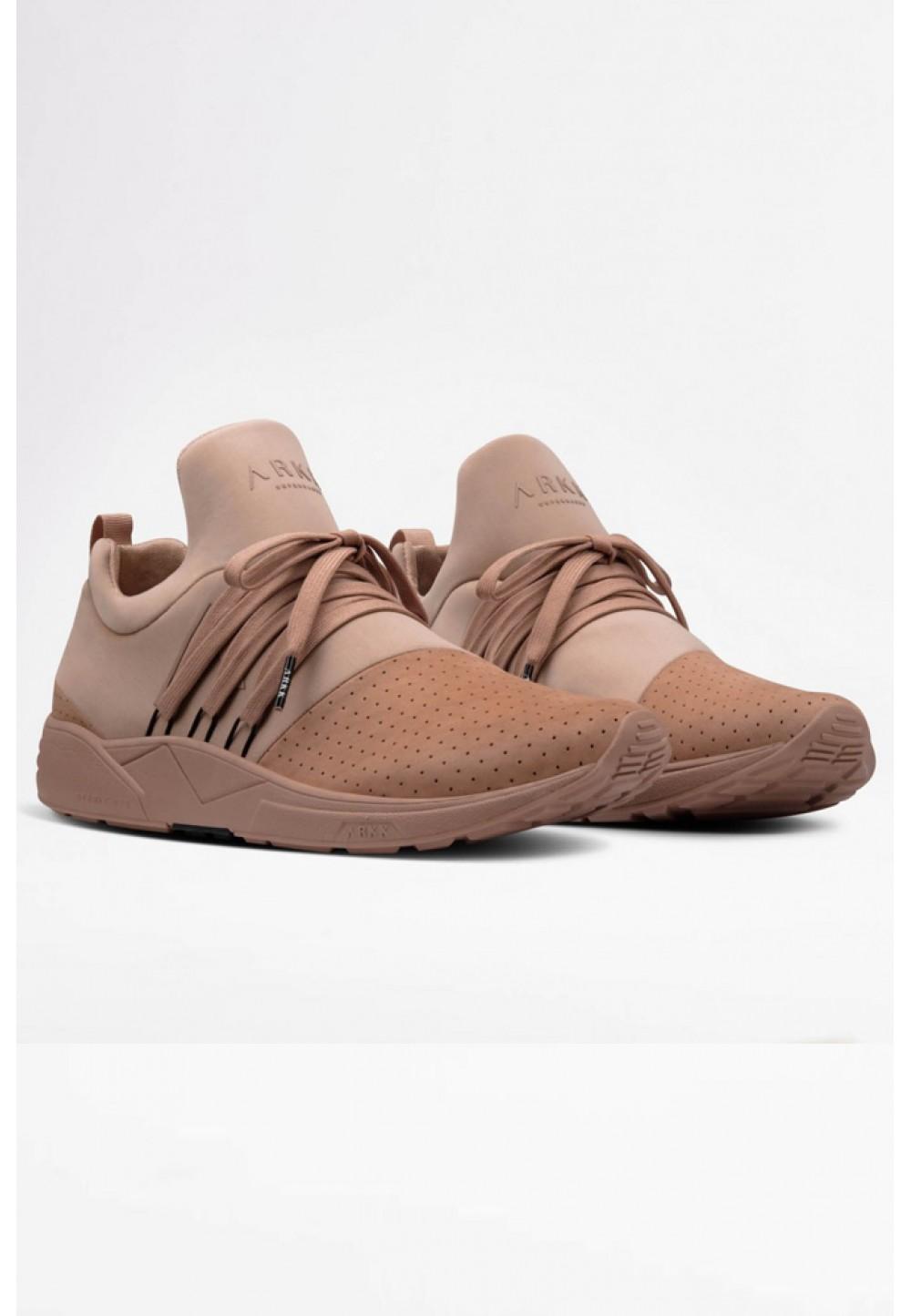 Светло-коричневые кроссовки